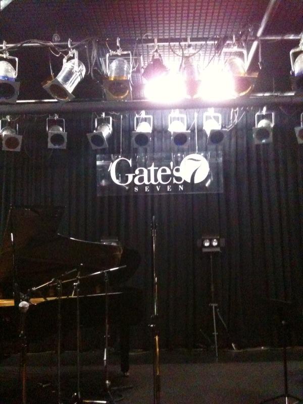Gate's7