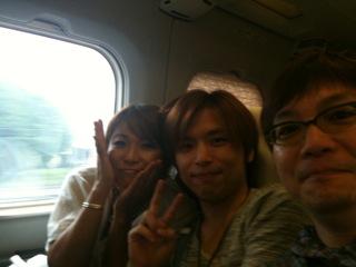 名古屋に向け移動中です。